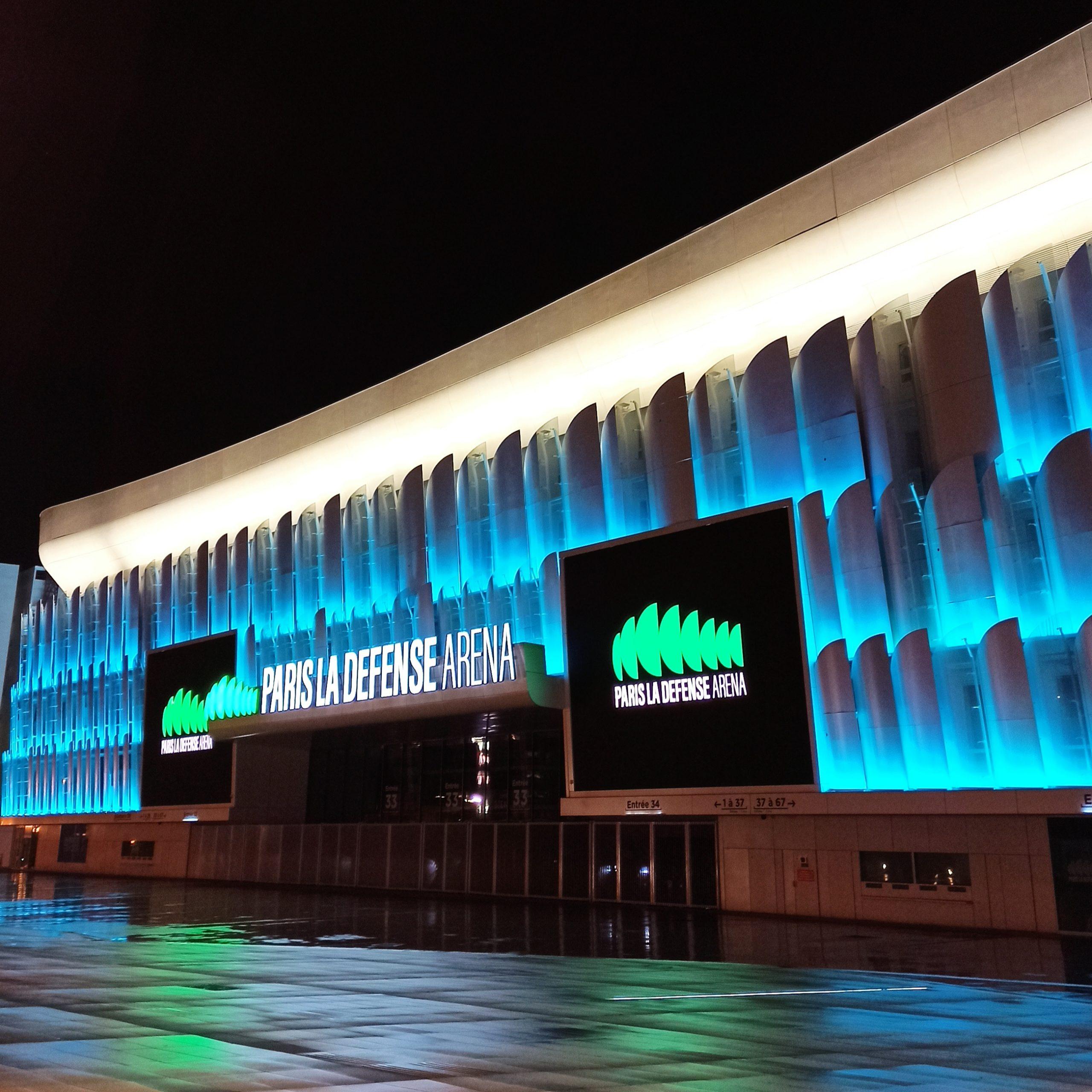 Paris La Defensee Arena nuit