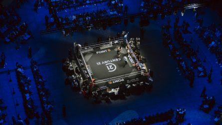 Le combat de boxe Yoka-Duhaupas vu du grill technique de Paris La Défense Arena
